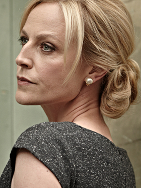 Marta Dusseldorp as Linda Hillier